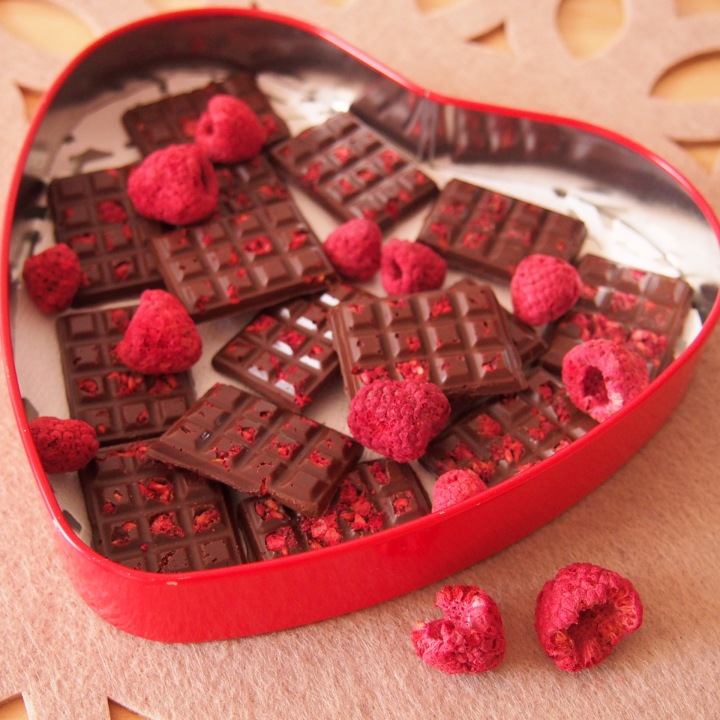 domaci cokolada s malinami