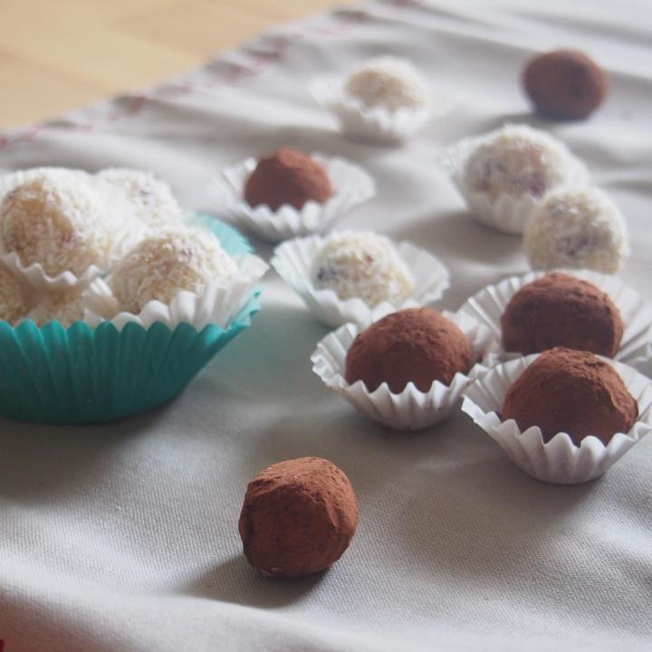 Nepečené čokoládové kuličky
